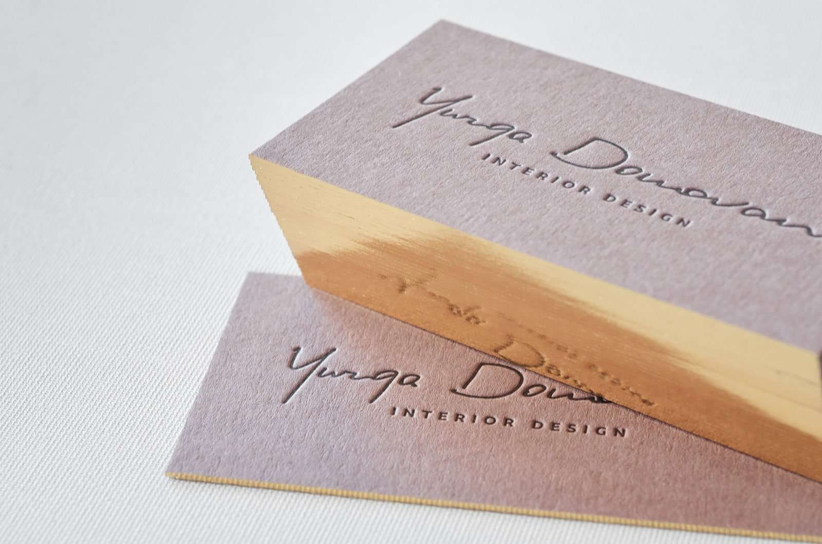 Brown business cards with single gilded edges | ELEGANTE PRESS ...